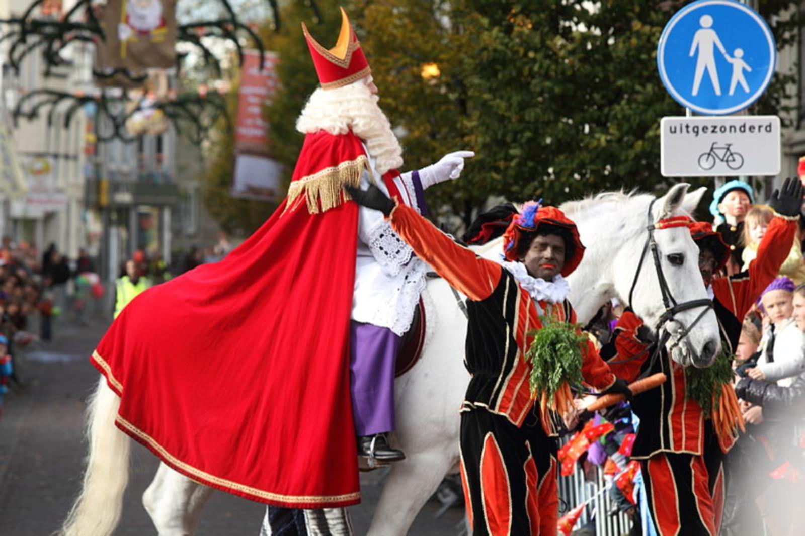 Graf Van Sinterklaas Gevonden In Antalya De Jonge Turken