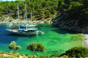 SAILING ON A TRADITIONAL GULET IS THE PERFECT WAY TO ENJOY THE SUMMER WITH YOUR LOVED ONES ON THE SEA AND UNDER THE SUN. FOR THOSE WHO WANT TO FEEL THE LUXURY OF SAILING ON THE TURKISH RIVIERA AND SOAK UP THE SUN AND SEA, TURKEY OFFERS AN AMAZING BLUE VOYAGE ON A TRADITIONAL GULET
